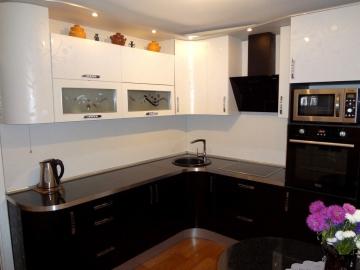 Кухня угловая 250см х 240см фасад Пост-3 Лотос Белый/Лотос Черный